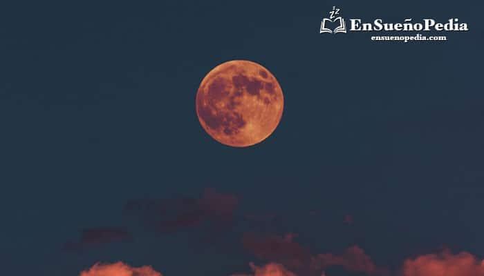 significado-suenos-con-luna