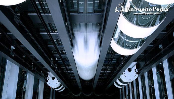 significado-de-sonar-con-ascensor